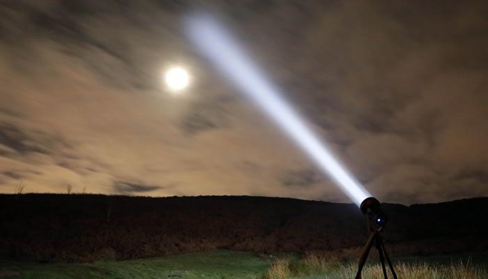 S200 Searchlight illuminating the sky